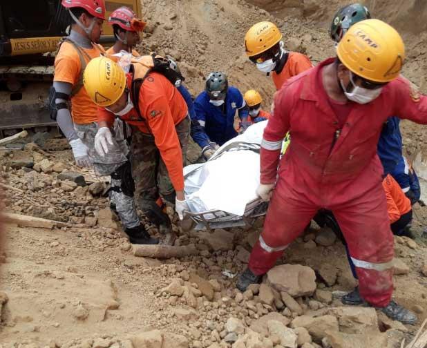 Empresa lamenta muerte obreros en proyecto