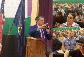 Congresista presenta foro en Alto Manhattan contra la rezonificación