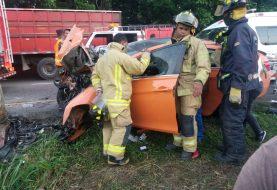 Dos muertos y 2 heridos accidente La Vega