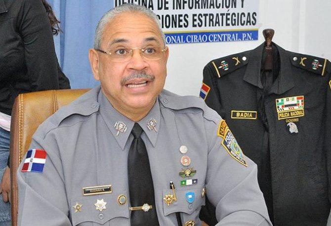 La PN dice desmantela banda en Santiago