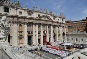 Vaticano abre debate sobre sacerdotes casados