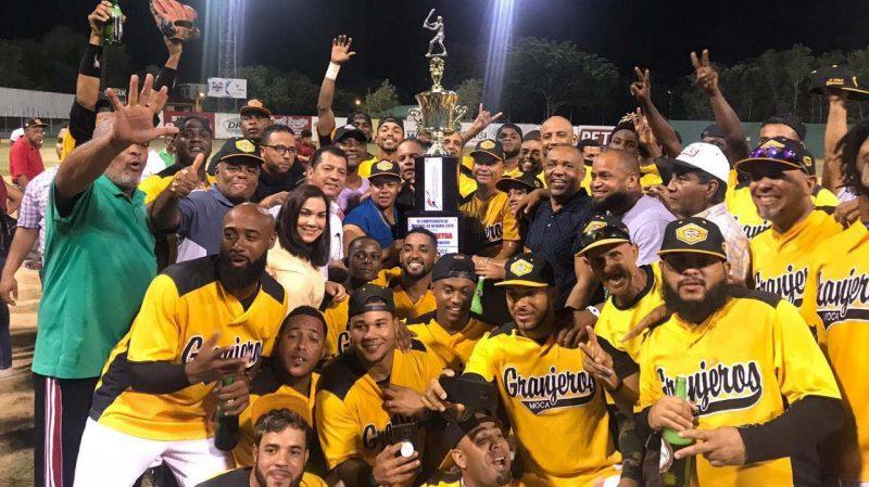 Granjeros de Moca campeones beisbol de verano