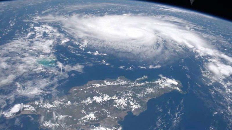 Dorian se convierte en peligroso huracán categoría 3