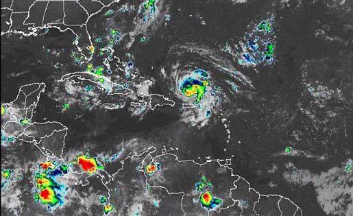 huracán dorian se aleja