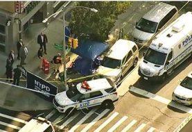 Descubren cadáver envuelto en una alfombra en NY