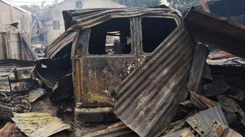 Incendio destruye nave comercial en Bella Vista de Santiago
