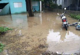 Santiago: Varias comunidades afectadas por inundaciones
