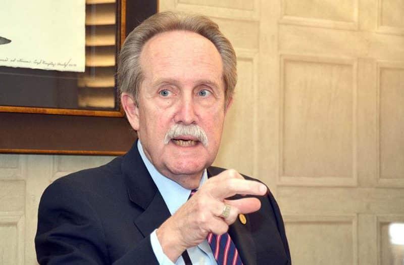 Fallece José Manuel López Valdés, presidente Asociación Bancos