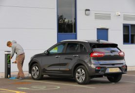 Kia e-Niro gana 'Eco Award' premios Carwow Car of the Year 2019