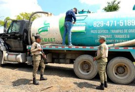 Inicia investigación desechos pozo séptico lanzados a río Jacagua
