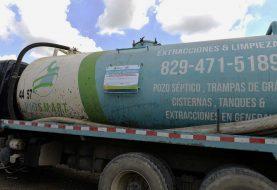 Clausuran compañía lanzó desechos pozo séptico en río Jacagua