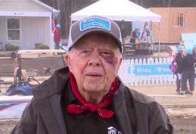 Jimmy Carter, hospitalizado tras sufrir caída en su casa