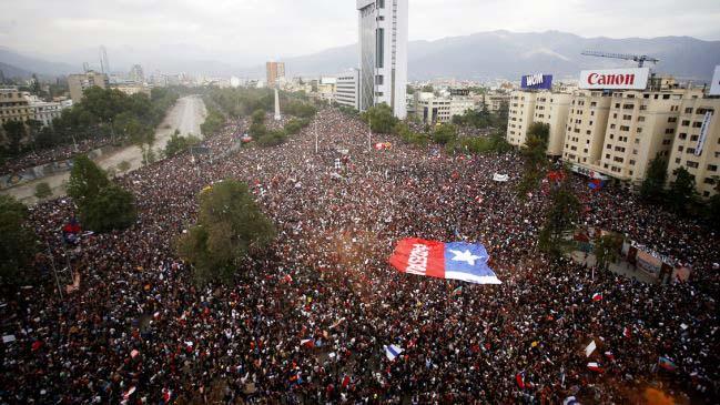 Histórica asistencia 'marcha más grande de Chile'