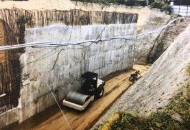 Garantizan terminación trabajos derrumbe calle Del Sol