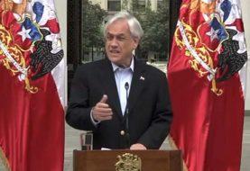 Piñera pide la renuncia a todos sus ministros