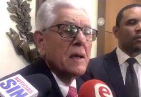 Roberto Saladín renuncia de la JCE