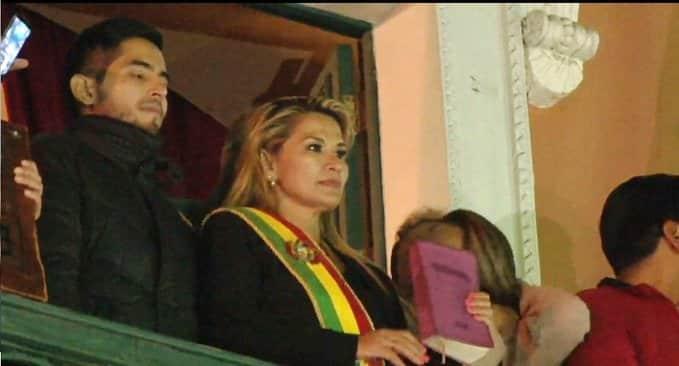 EE.UU. reconoce a Jeanine Áñez como presidenta de Bolivia