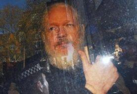 Advierten que Assange podría morir en la cárcel