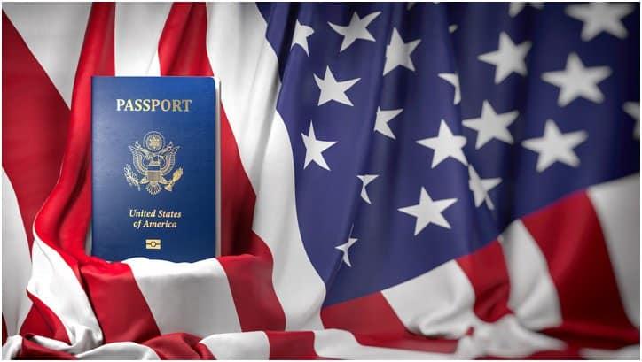 bandera y pasaporte eeuu