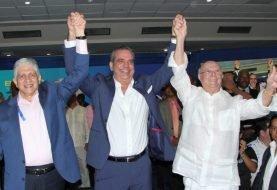 Abinader y Estrella proclamados a presidente, y senador en Santiago