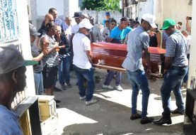 Sepultan en Jacagua dirigente PLD asesinada en La Guáyiga