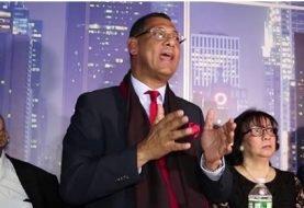 Aspirante dirigir CARD sostiene encuentro con abogados en NY