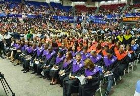 Recinto UASD Santiago celebra graduaciones