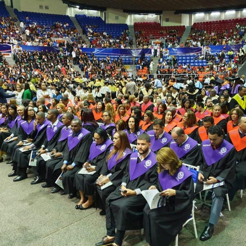 Graduación UASD Santiago