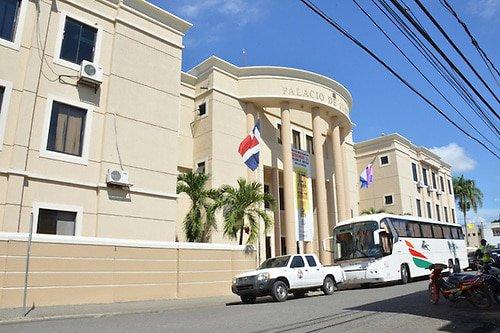 Juez se reserva fallo contra acusados lavado de activos