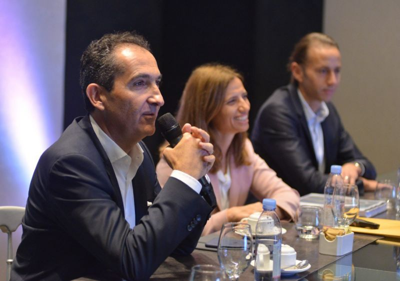 Fundador Grupo Altice se reúne con empresarios dominicanos