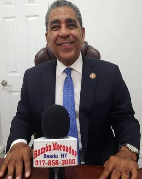 Espaillat dice republicanos retienen proyectos