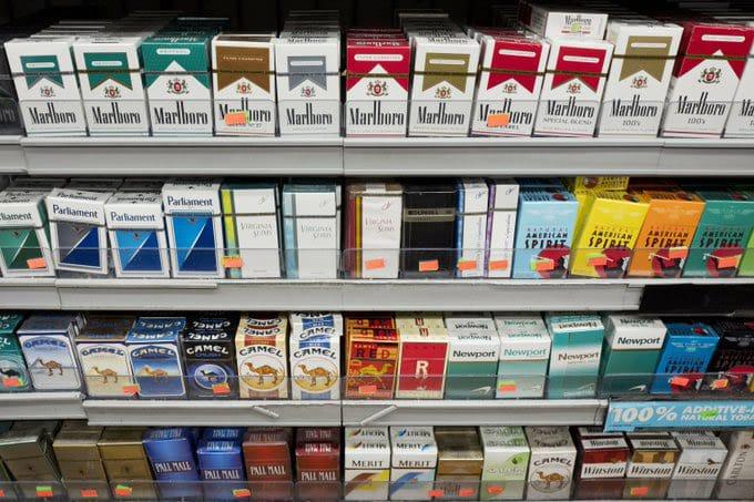 ¿Por qué será obligatorio tener 21 años para comprar cigarrillos en EEUU?