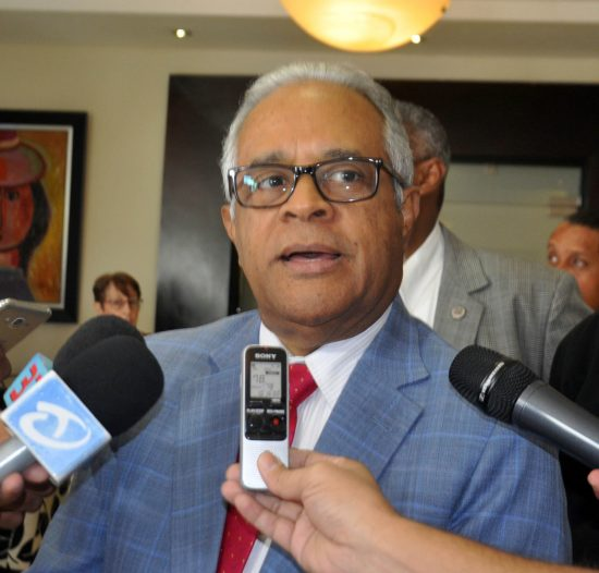 Ministro de Salud Rafaek Sánchez Cárdenas