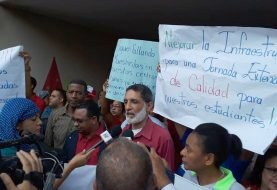 Profesores de Santiago protestan
