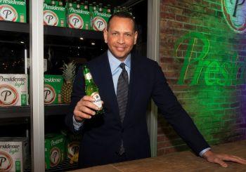 Alex Rodríguez y cerveza Presidente se asocian