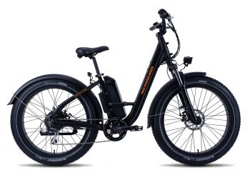 Bicicleta eléctrica RadRover Step-Thru con neumáticos gruesos