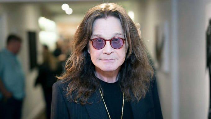 Ozzy Osbourne revela padece Parkinson