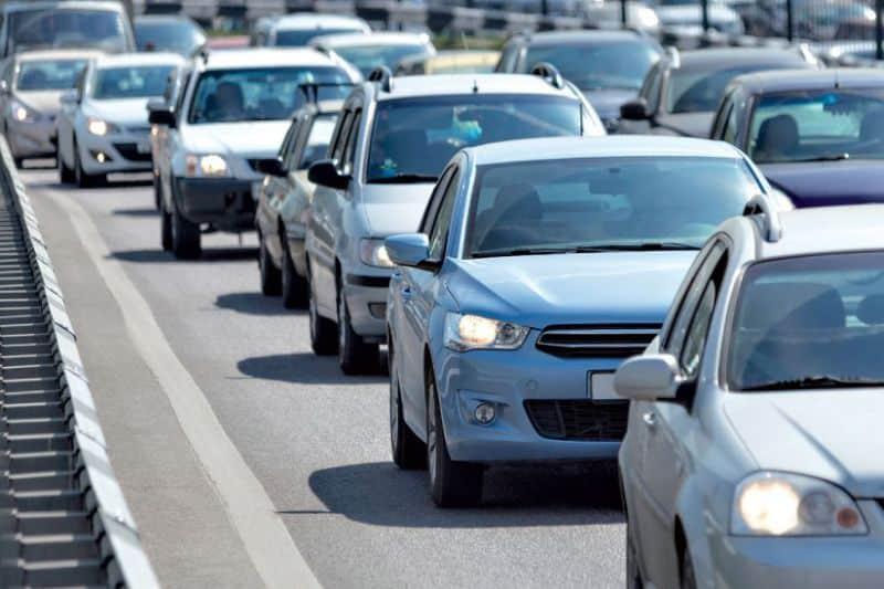 Más de 70 mil vehículos pagarán recargo RD$2,000 por marbete