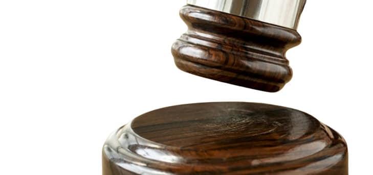 Padre acusado de violar 3 hijas y embarazar una de ellas