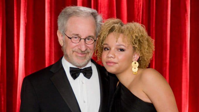 Hija de Steven Spielberg revela que es una estrella video adultos