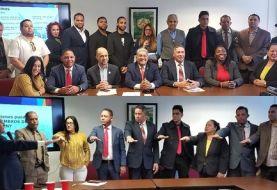 """Juramentan directiva nueva """"Unión de Comerciantes y Empresarios NYC"""""""