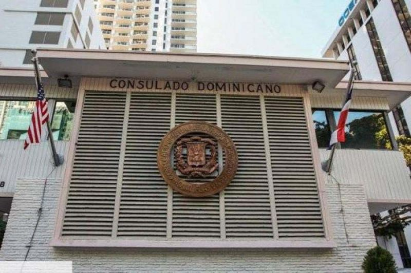 Consulado RD en NY abierto para servicios de emergencias con citas