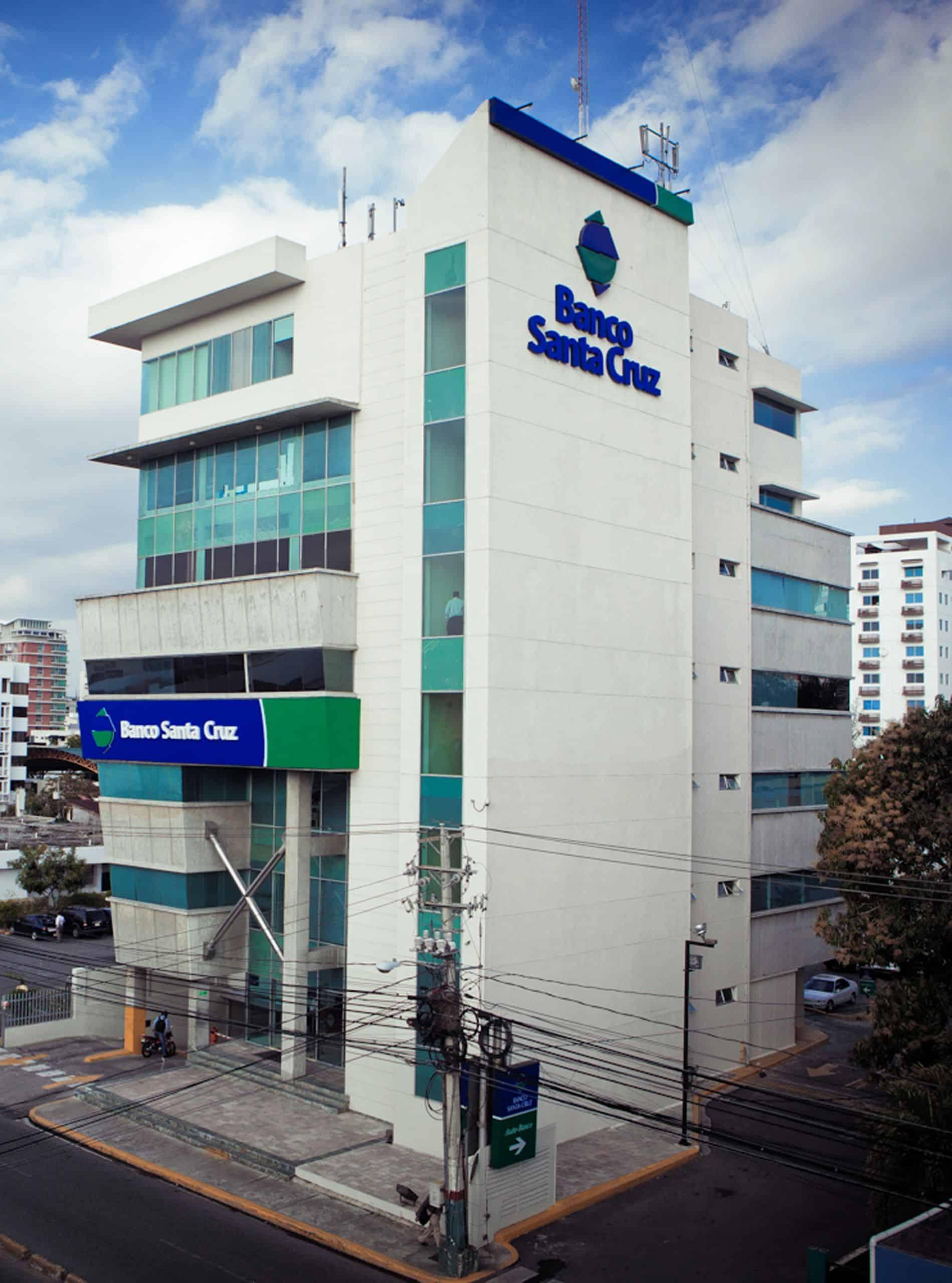Banco Santa Cruz anuncia  medidas a favor de clientes
