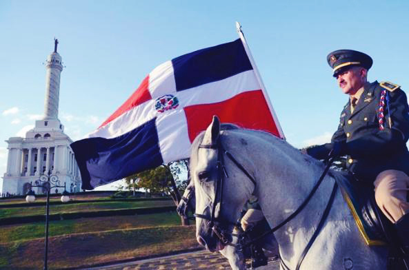 Danilo Medina rinde tributo a próceres Batalla del 30 de Marzo