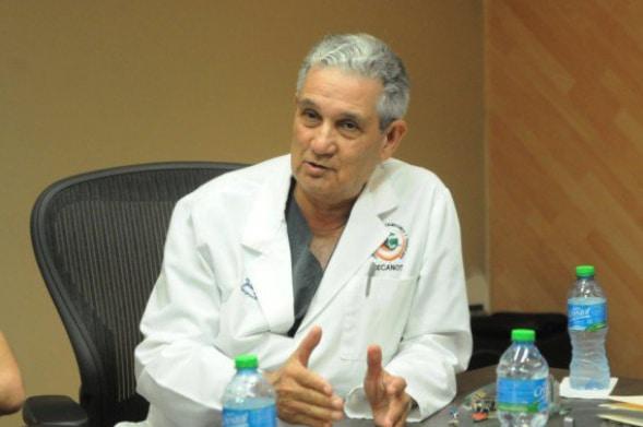 Puello Herrera llama enterrar hacha de guerra médicos y gobierno