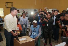 Papito Cruz denuncia exceso propaganda PLD centros votación