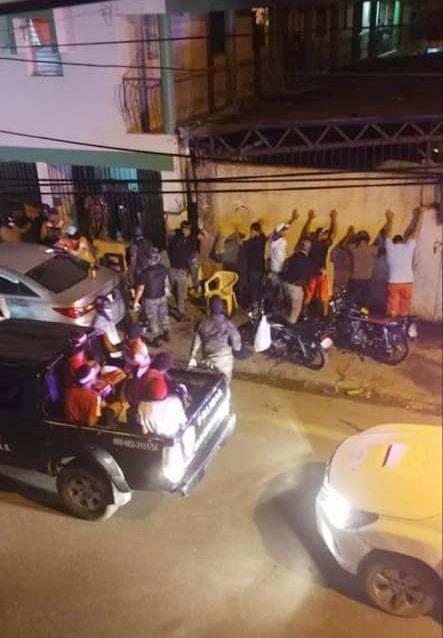 Por toque de queda apresan 383 personas incautan vehículos y motos