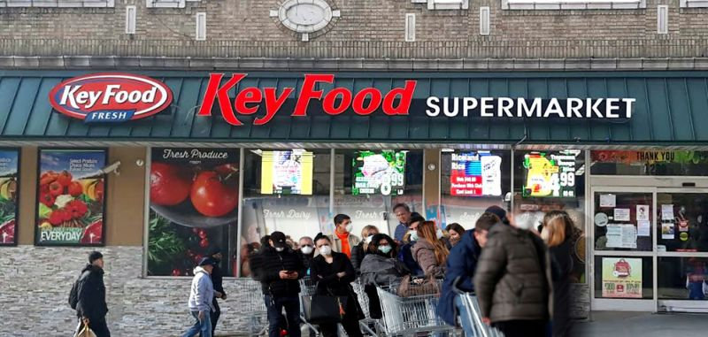 Supermercados dominicanos en NY hacen su agosto