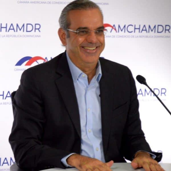 Abinader concertaría acuerdo para reforma fiscal integral