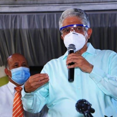 Eduardo Estrella recibe respaldo de Alianza País